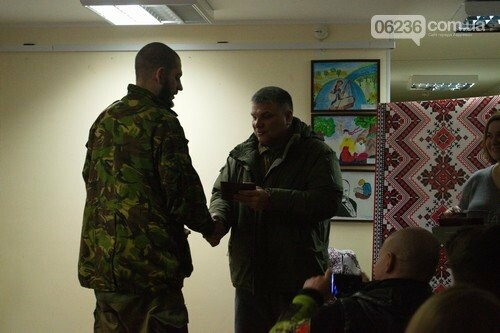 Добровольцам вручили медали «За оборону Авдеевки» (ФОТО), фото-1