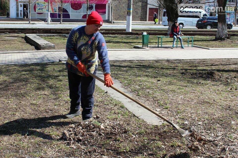 Чистый четверг: авдеевцы вышли на уборку родного города (ФОТООТЧЕТ), фото-11