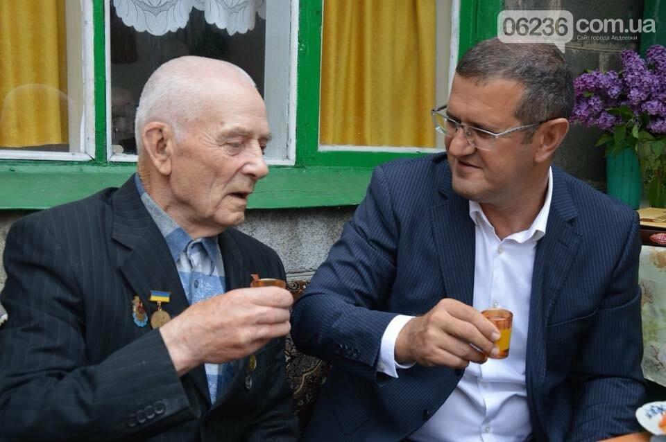Авдеевских ветеранов поздравили с 73-м Днем Победы (ФОТО), фото-2