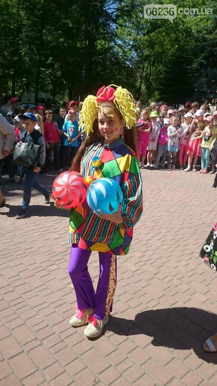 В Авдеевке для детворы устроили праздник радости и надежды (ФОТОРЕПОРТАЖ), фото-9