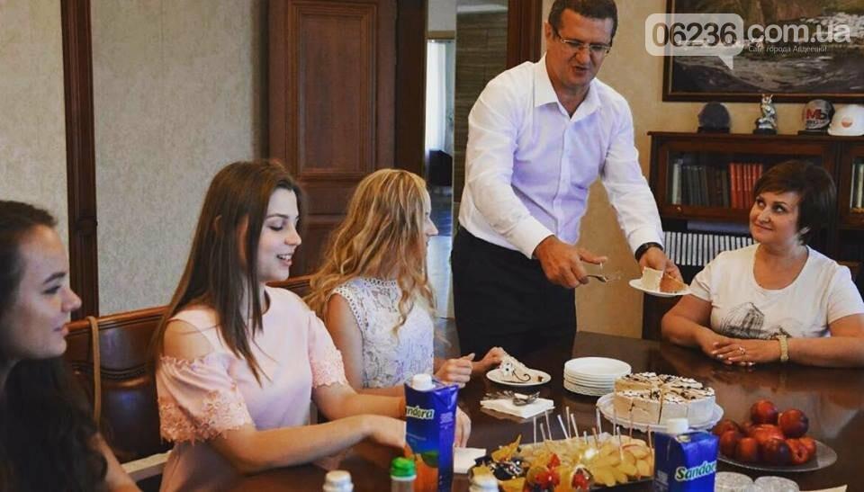 Генеральный директор АКХЗ поздравил авдеевских медалистов (ФОТО), фото-2