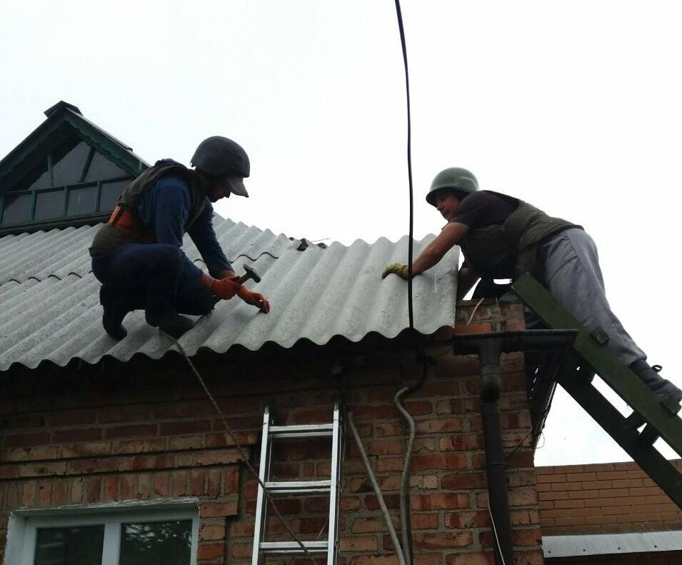 Спасатели ГСЧС продолжают восстанавливать Авдеевку (ФОТО), фото-1