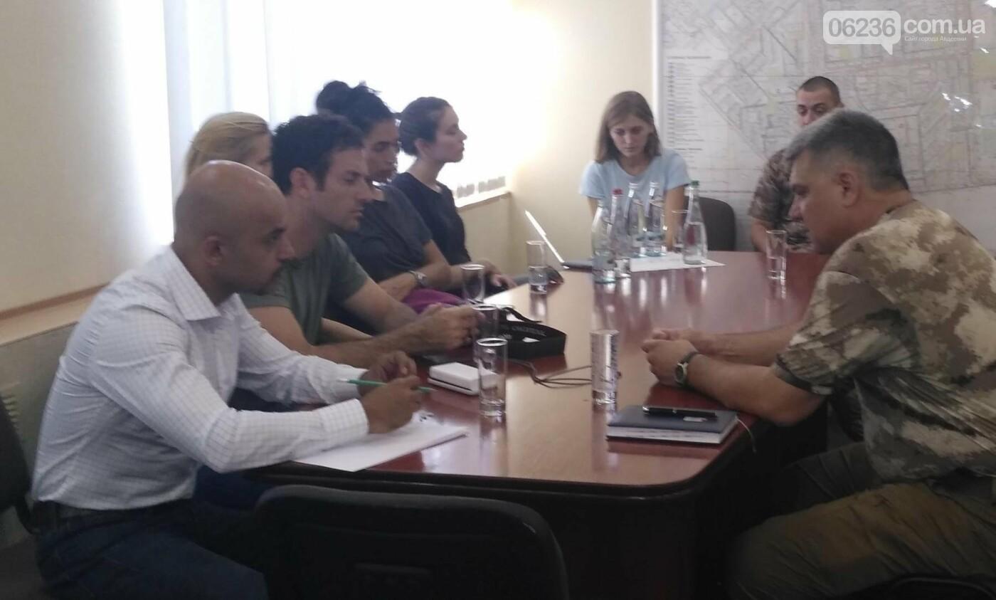 Специалисты по кибербезопасности посетили город и Авдеевский коксохим(ФОТО), фото-4