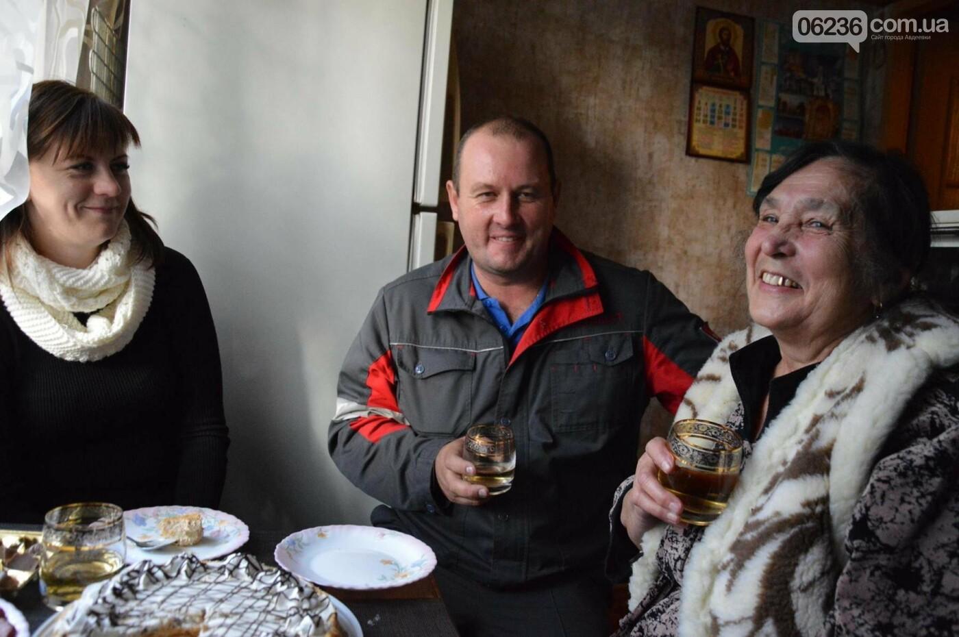 Чтим традиции: молодежка АКХЗ поздравила ветеранов предприятия (ФОТОФАКТ), фото-3