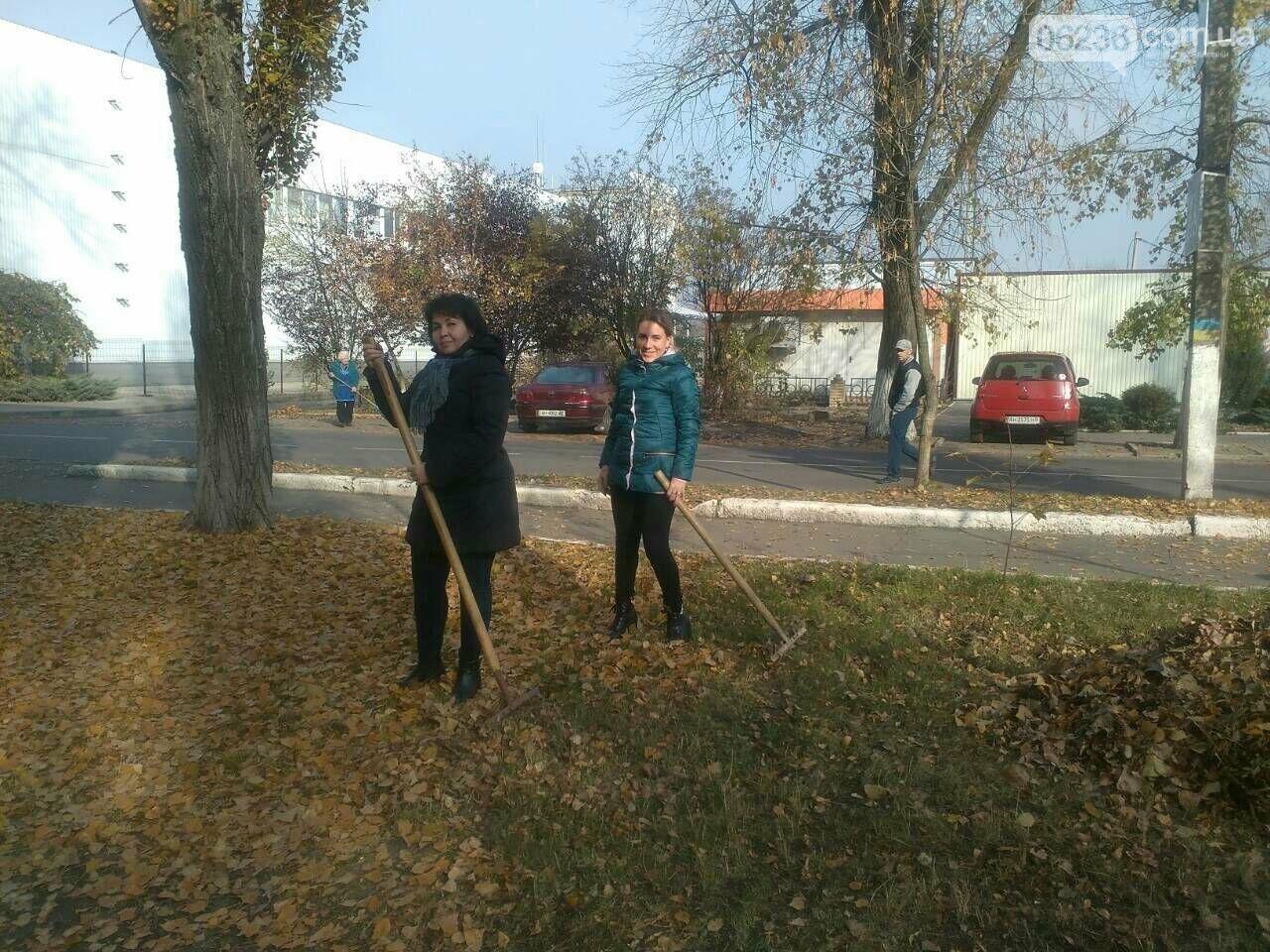 Заводчане АКХЗ присоединились к уборке родного города (ФОТОРЕПОРТАЖ), фото-4