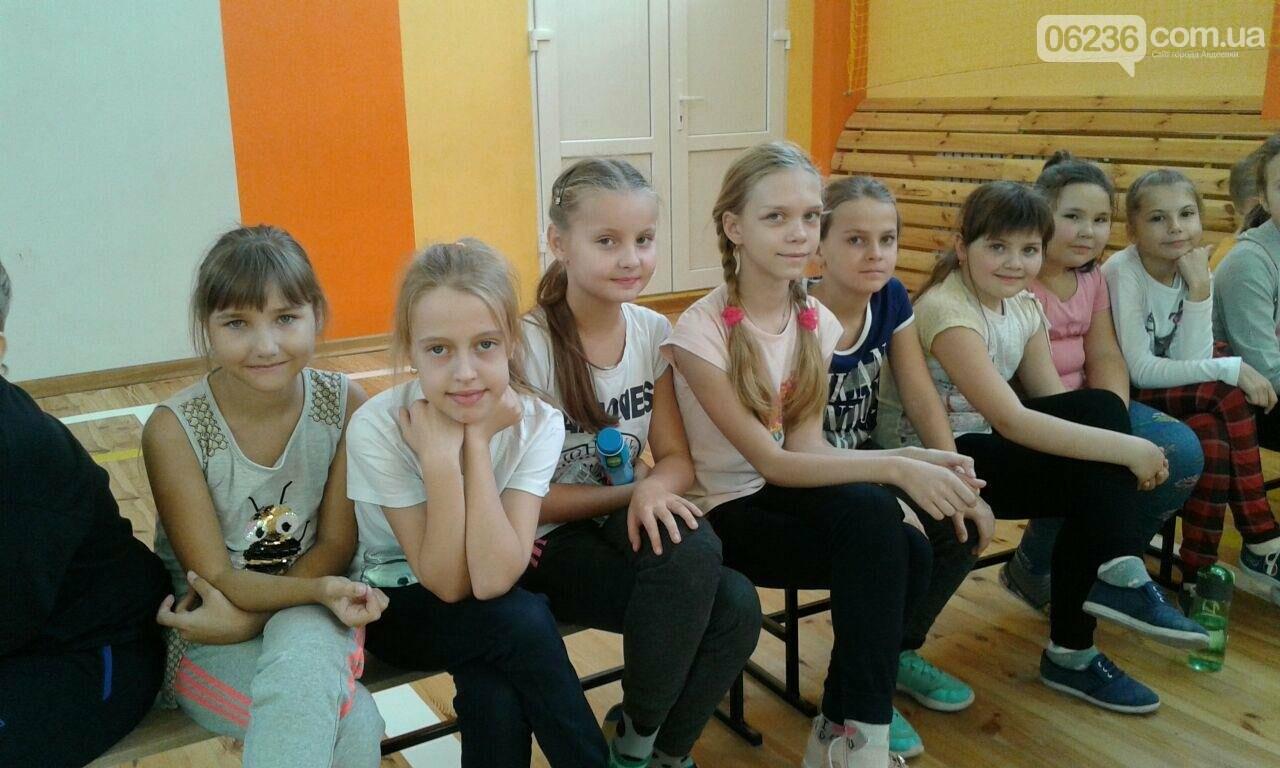 Именитые спортсмены-скалолазы провели мастер-класс для авдеевской детворы (ФОТОРЕПОРТАЖ), фото-3