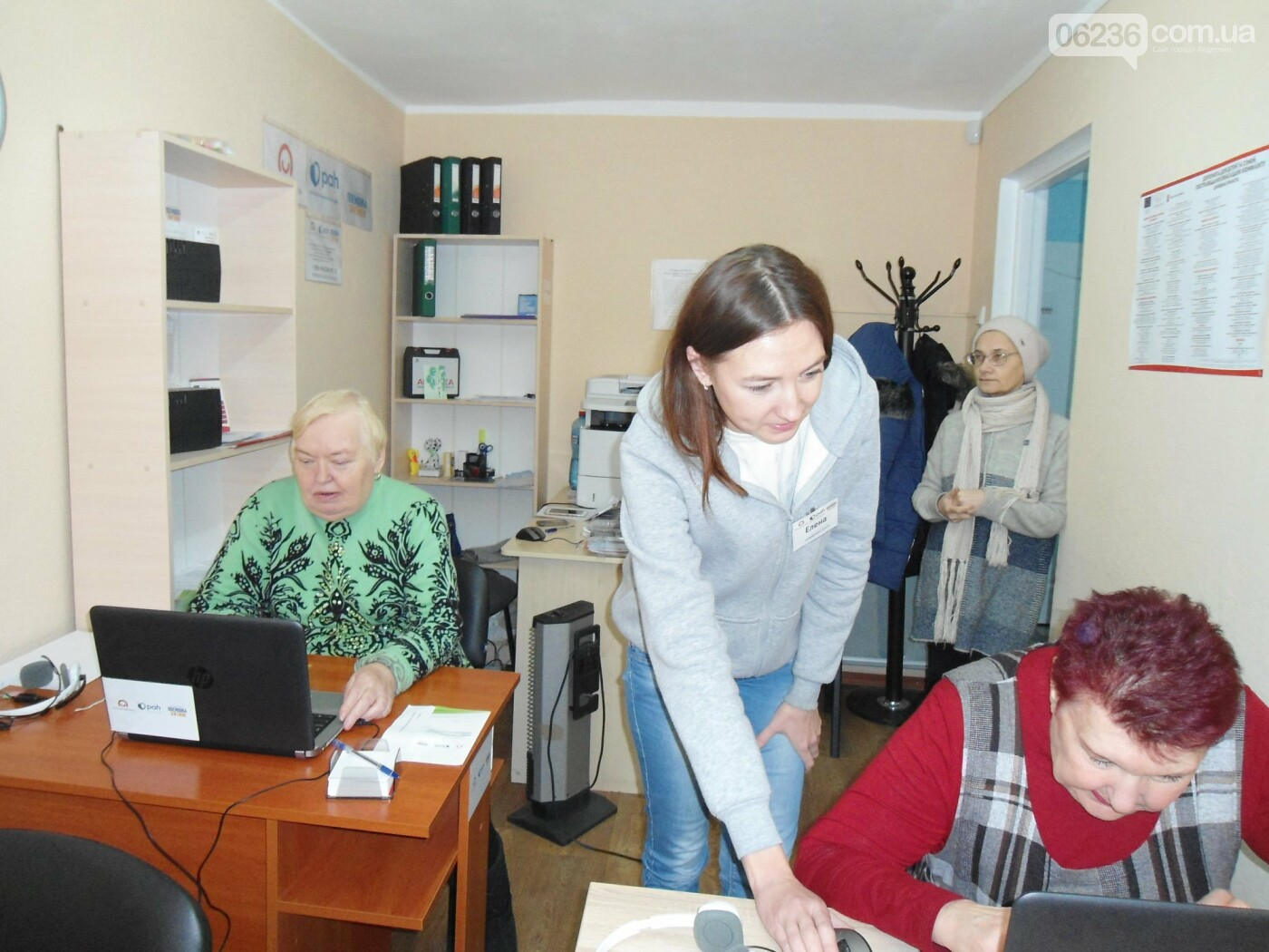 Пожилых адвеевцев обучают компьютерной грамоте (ФОТО), фото-4