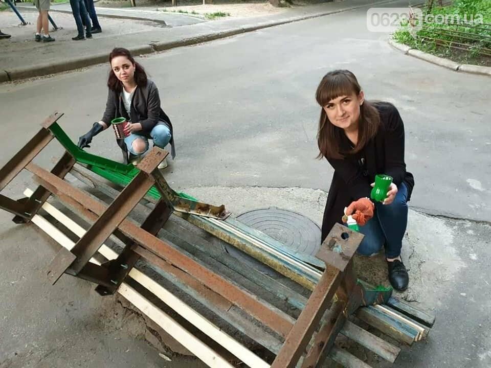 Молодежка АКХЗ пришла на помощь авдеевским пенсионерам (ФОТО), фото-3