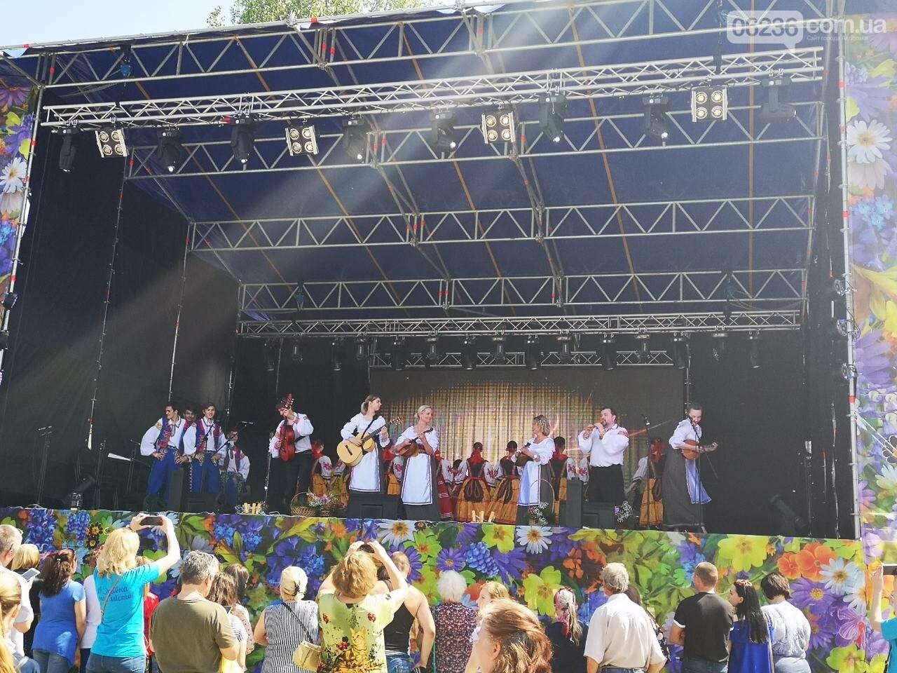 Авдеевка блистала на фестивале ко Дню Европы в Бахмуте (ФОТО/ВИДЕО)   , фото-1