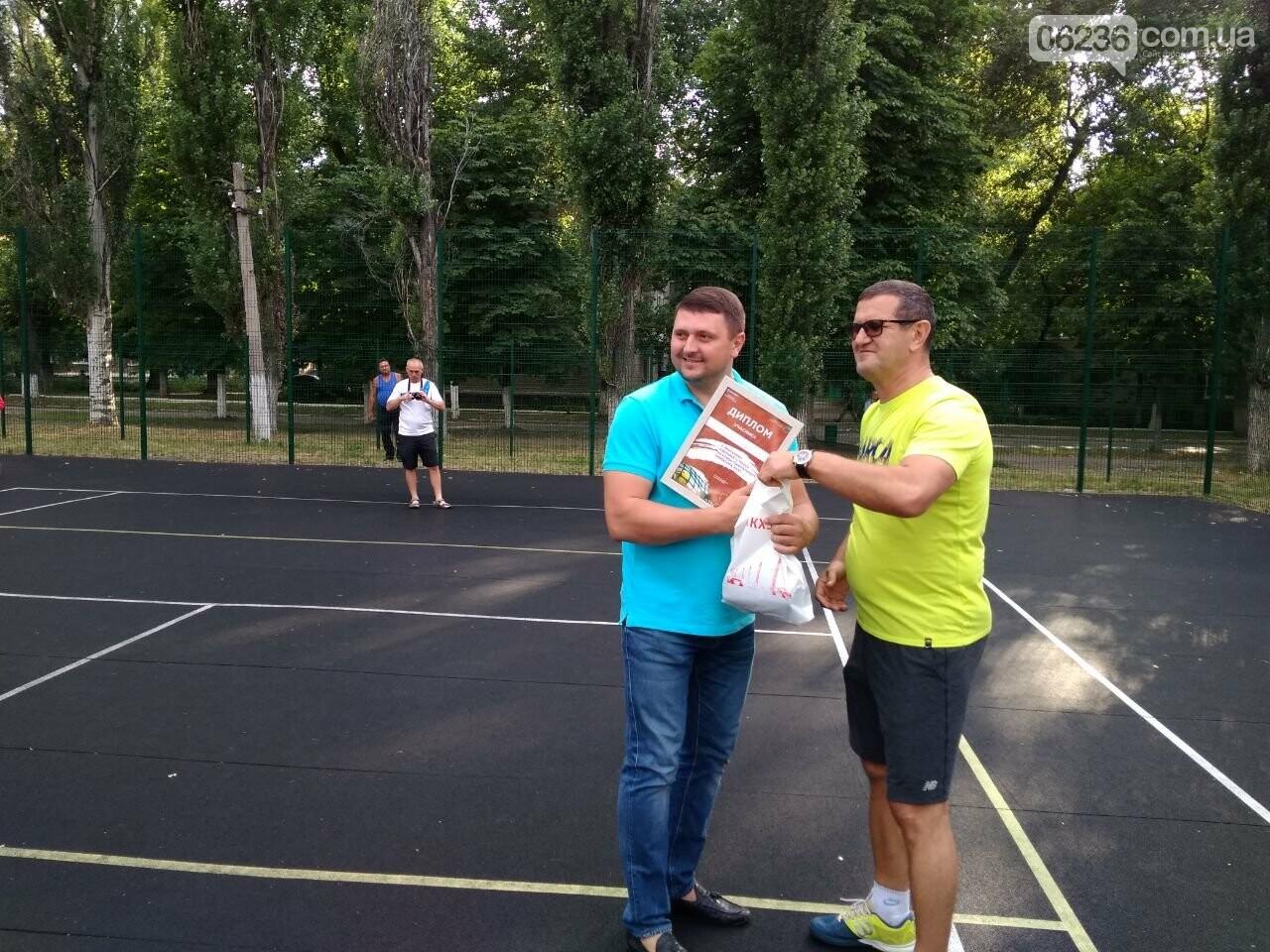 В Авдеевке подвели итоги турнира по большому теннису на Кубок гендиректора АКХЗ Мусы Магомедова (ФОТО), фото-3
