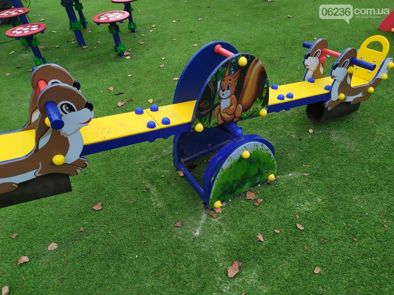 В  Авдеевке состоялось праздничное открытие большой детской площадки , фото-3