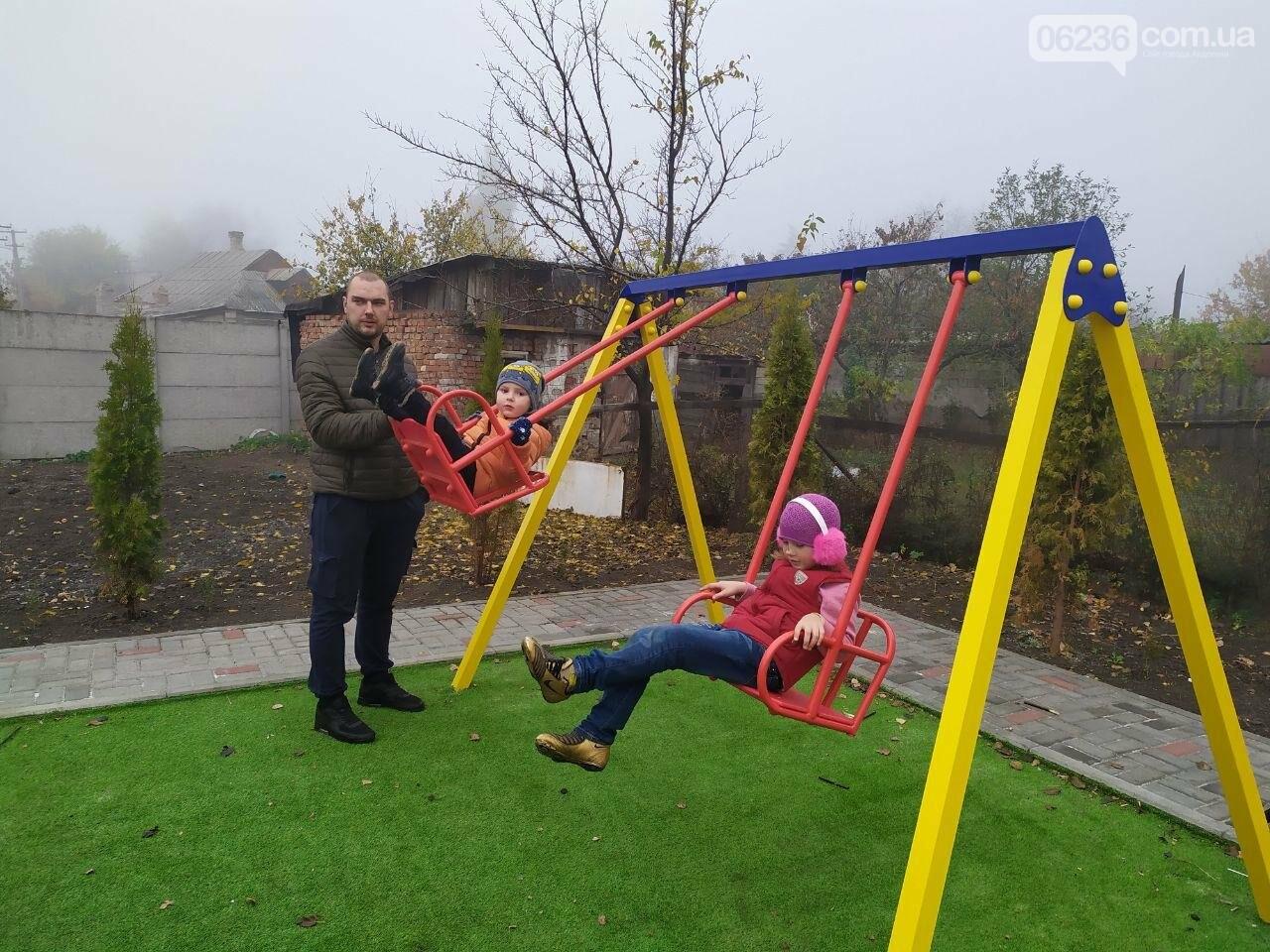 В  Авдеевке состоялось праздничное открытие большой детской площадки , фото-10